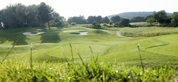 golf aix en provence golfs marseille bouches du rh ne asso golf premium. Black Bedroom Furniture Sets. Home Design Ideas